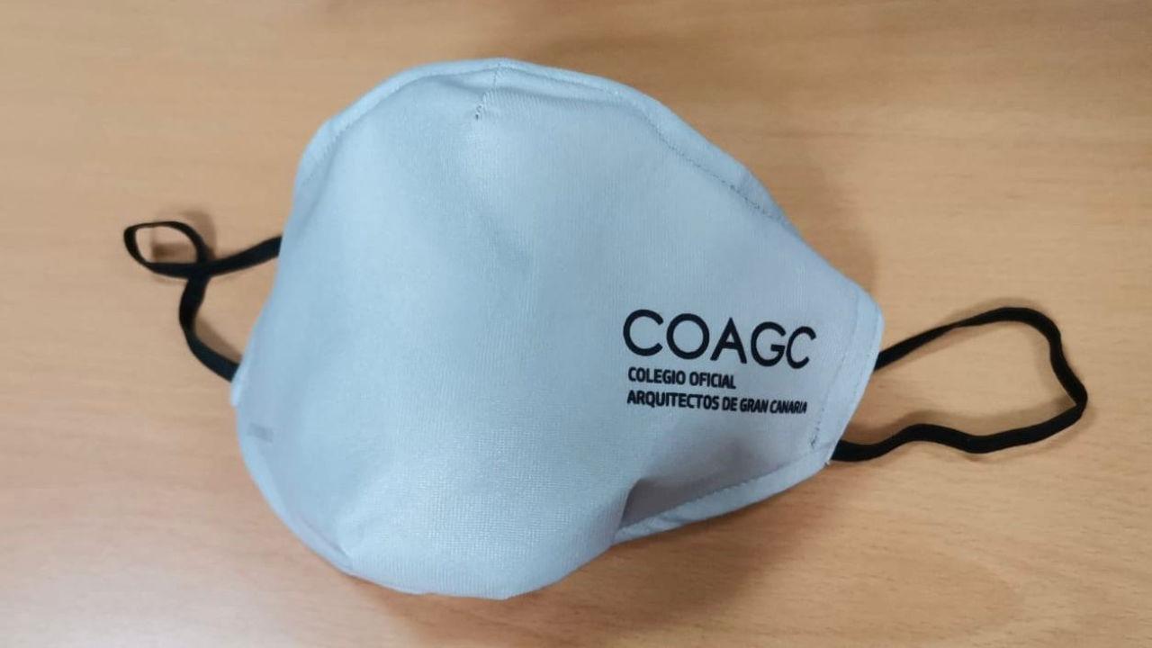 Mascarilla higiénica con el logo del COAGC